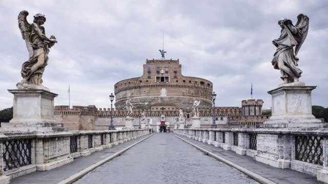 ponte sant'angelo in rome. - サンタンジェロ橋点の映像素材/bロール