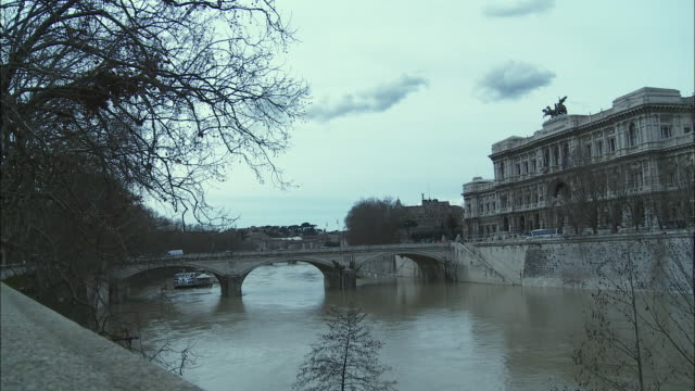 ws ponte umberto and palace of justice, rome, italy - ponte stock videos & royalty-free footage