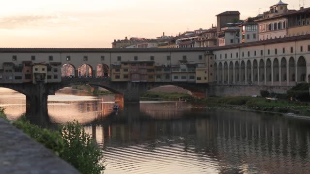 Ponte Vecchio & Arno River, Florence, Tuscany, Italy, Europe