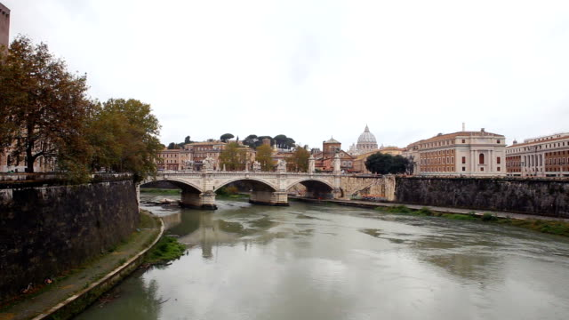 ponte vittorio emanuele iii and tiber river, rome, italy - ponte stock videos & royalty-free footage