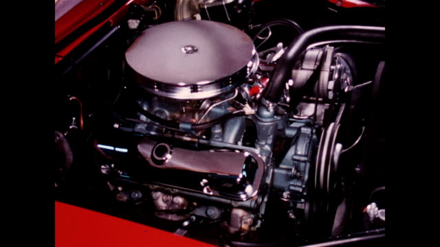 1967 pontiac firebird engine options - motore video stock e b–roll