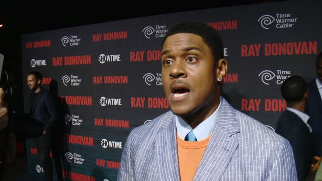 vidéos et rushes de pooch hall on what fans can expect from season 2, what his characters best & worst qualities are and what an emmy nomination would mean for the show... - nominations aux emmy awards