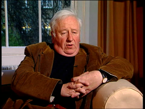 stockvideo's en b-roll-footage met poor health to prevent extradition itn hugh o'shaughnessy interview sot talks of problems to be overcome in removing pinochet's immunity from... - aanklager rechtszaak