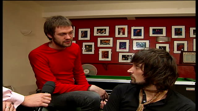 stockvideo's en b-roll-footage met pop band 'kasabian' play brixton academy tom and serge interview sot music today some great british bands / had control over careers - popmuziek