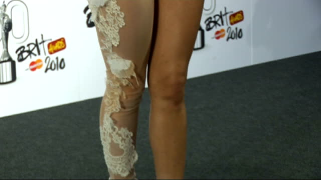 2010 brit awards lady gaga press conference sot can't believe it / song choice she wanted to do something she thought was a representation if the... - 2010 video stock e b–roll