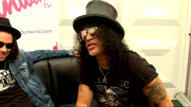 2010 Wireless Festival interviews Slash and Myles Kennedy interview continued SOT whether he plans to cut it when he gets older tips for being a rock...
