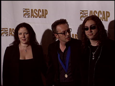 vidéos et rushes de pop music awards at the ascap pop music awards at the beverly hilton in beverly hills, california on may 16, 2005. - ascap