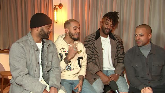 stockvideo's en b-roll-footage met jls announce reunion tour england int jls band members perform a capella version of song 'everybody in love' during interview sot - a capella