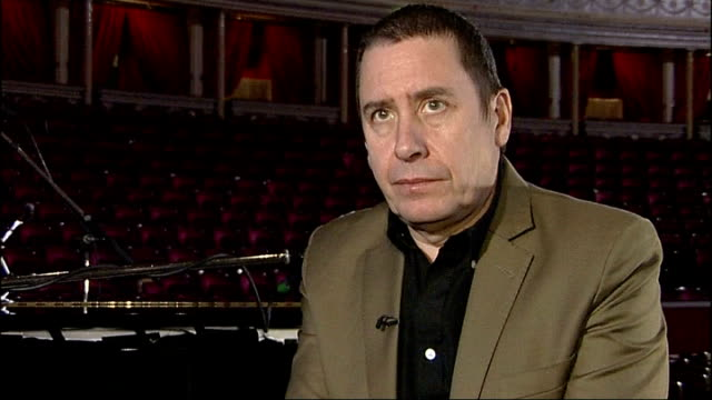 jools holland interview; jools holland interview sot - on vinyl records being the best way of preserving music / on the disappearance of music venues... - jools holland stock-videos und b-roll-filmmaterial