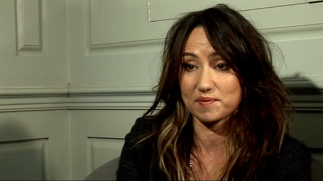 kt tunstall interview kt tunstall interview continued sot on positive and negative aspects of twitter/ on admiration for shakira/ attitides towards... - shakira stock videos and b-roll footage