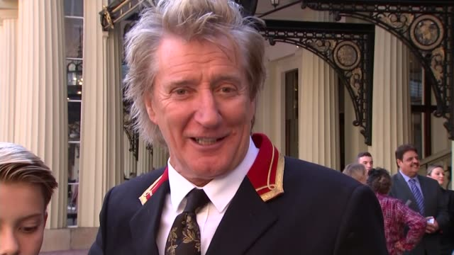 rod stewart knighted; ext rod stewart interview sot - going to continue touring because i have eight children and i have no option - rod stewart stock-videos und b-roll-filmmaterial