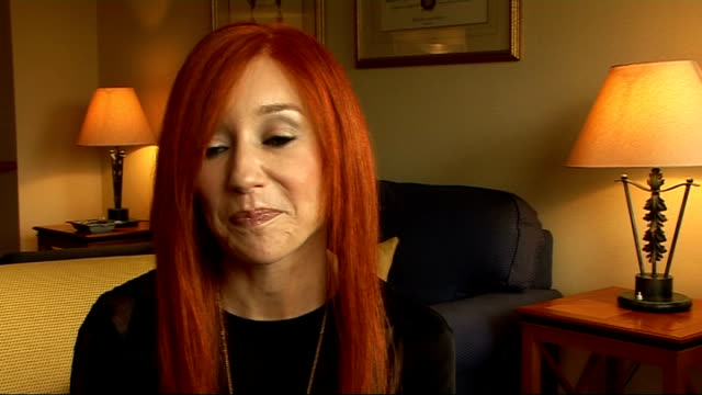 tori amos interview; tori amos interview continued sot - on the early single 'silent all these years' - on the story behind 'cornflake' girl is... -... - ポピュラーミュージックツアー点の映像素材/bロール