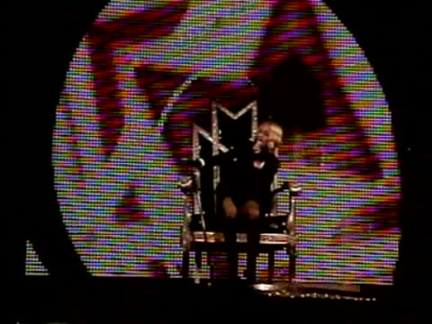 us pop star madonna was due in the french city of marseille on sunday to meet technicians injured when part of her concert stage collapsed killing... - musicista di musica pop video stock e b–roll