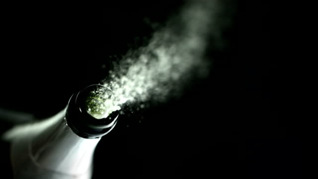 Pop the Cork (Super Slow Motion)