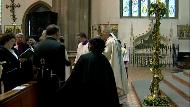 pope appoints successor to cardinal cormac murphy o'connor; t21110422 england: birmingham: int the most reverend vincent nichols performing service... - cormac murphy o'connor stock videos & royalty-free footage