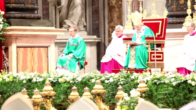 pope benedict xvi at holy mass for the closing of the synod of bishops on october 28, 2012 in vatican city, vatican - synod stock videos & royalty-free footage