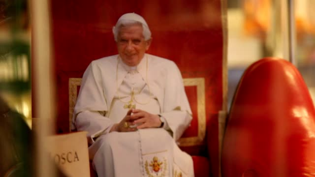 broll pope benedict xvi's shoemaker antonio arellano with the iconic red shoes of the pontiff in his shop on february 23 2013 in rome italy - 法王ベネディクト16世点の映像素材/bロール