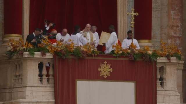 pope francis at holy week celebrations in italy pope francis holds easter mass in st peters square on april 21, 2019 in vatican city, vatican. - holy week stock videos & royalty-free footage