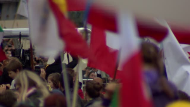 stockvideo's en b-roll-footage met wgn pope francis declared sainthood for pope john paul ii and pope john xxiii in a historic double canonization ceremony at st peter's square on... - pope john xxiii
