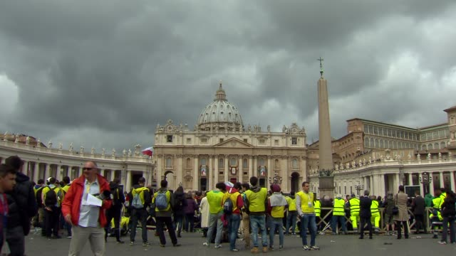 stockvideo's en b-roll-footage met pope francis declared sainthood for pope john paul ii and pope john xxiii in a historic double canonization ceremony at st peter's square on april 27... - pope john xxiii