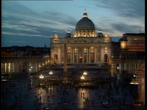 vatican events italy rome st peter's square illuminated basilica and vatican with crowds gathered in square clean feed tape = d0599600 or d0599601... - 2005 stock videos and b-roll footage