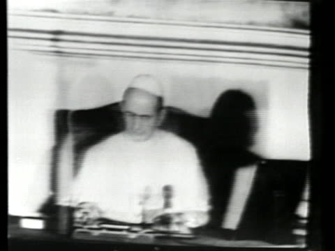 vídeos y material grabado en eventos de stock de pope paul vi expresses sorrow at the assassination of john f. kennedy, the first catholic us president. - religion or spirituality