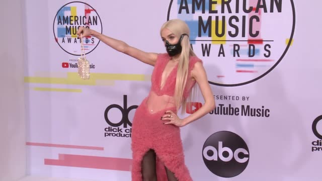 poppy at the 2018 american music awards at microsoft theater on october 09 2018 in los angeles california - american music awards video stock e b–roll