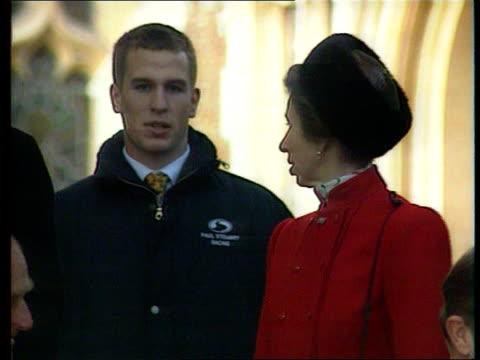 popularity poll; 13.00: lib england: norfolk: sandringham: royal family leaving church on christmas day tx 5.1.97/13.00 - adulation stock videos & royalty-free footage