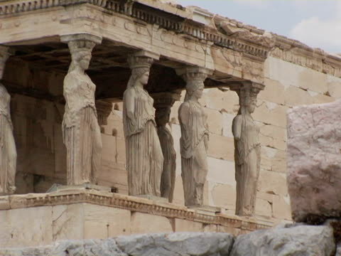 ms, porch of maidens at erechtheum, athens, greece - female likeness stock videos & royalty-free footage