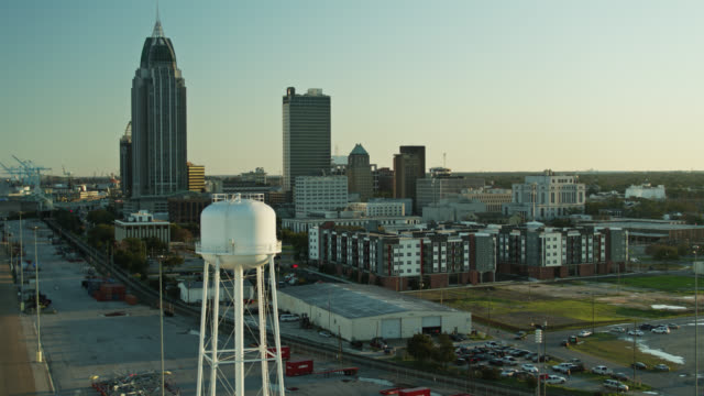 port and downtown towers in mobile, alabama - alabama video stock e b–roll