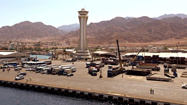 vídeos y material grabado en eventos de stock de puerto de llegada-aqaba, jordania - mar rojo