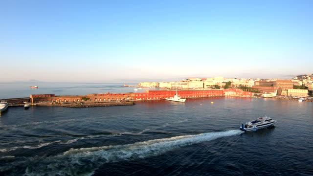 vídeos de stock, filmes e b-roll de port arrival-nápoles, itália - ferry
