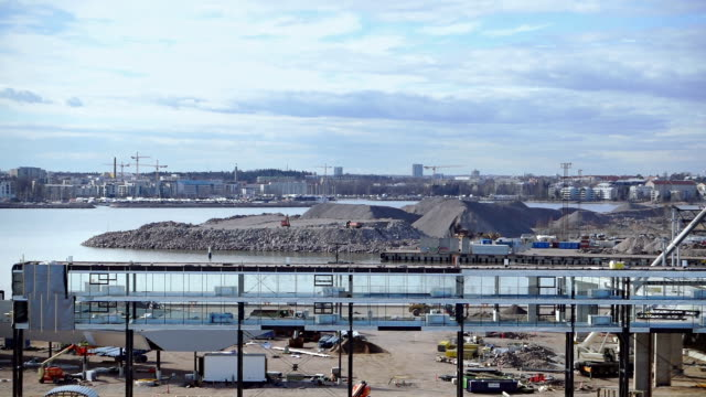 建設中の港港 - フェリーターミナル点の映像素材/bロール
