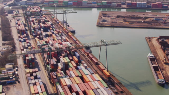 port of dortmund from above - internationale geschäftswelt stock-videos und b-roll-filmmaterial
