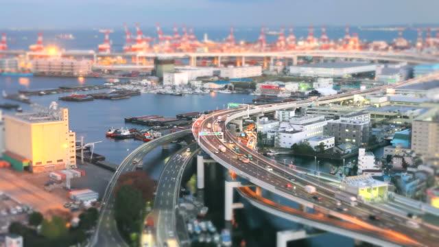 vídeos y material grabado en eventos de stock de puerto de yokohama en japón (cambio de inclinación fotografía) - tilt shift
