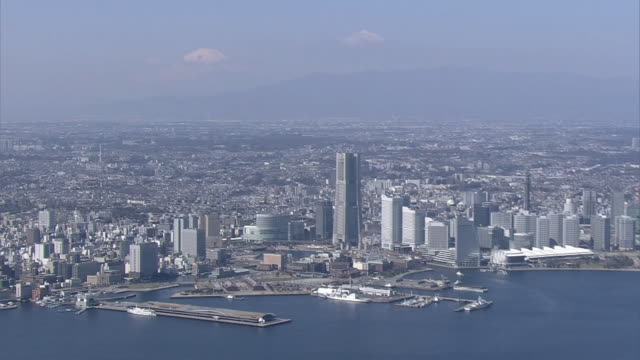 aerial, port of yokohama with mt fuji in background, japan - kanagawa prefecture stock videos and b-roll footage