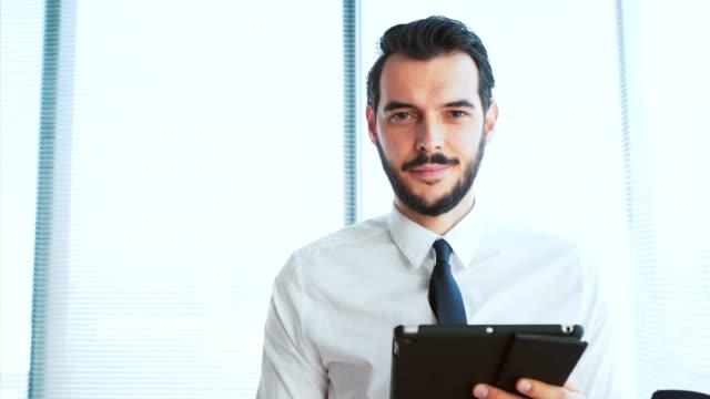 vidéos et rushes de les appareils portables font partie de mon travail. - ressources humaines