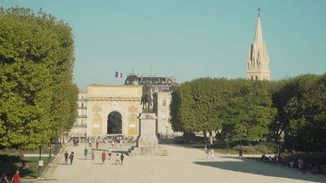 porte du peyron promenade park at montpellier, iconic image - french flag stock videos & royalty-free footage