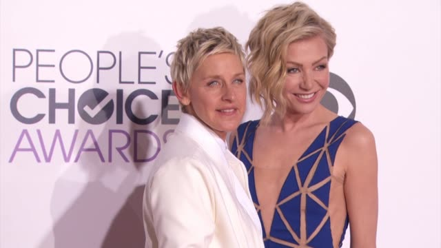 portia de rossi ellen degeneres at people's choice awards 2015 in los angeles ca - people's choice awards stock videos & royalty-free footage