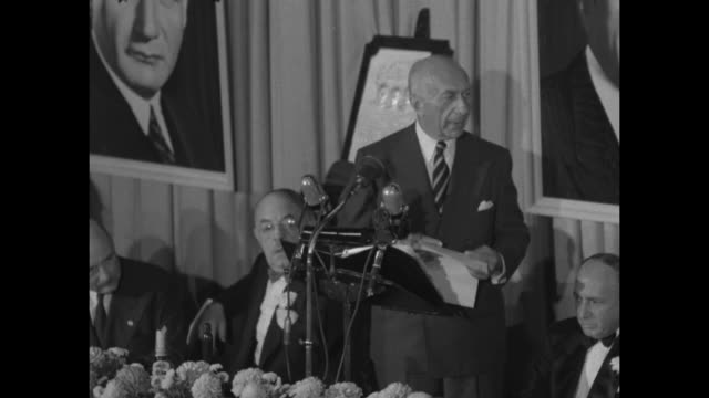 portion of harry warner's speech at the motion picture pioneers dinner honoring him and his two brothers. - warner bros stock videos & royalty-free footage