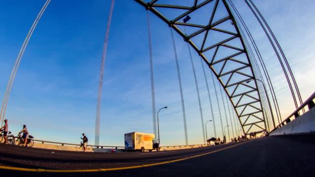 vidéos et rushes de pont pédale portland - portland oregon