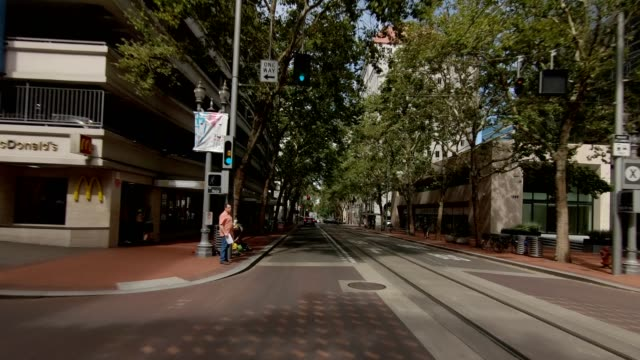 portland city xi synced series front view driving process plate - pioneer square portland stock videos & royalty-free footage