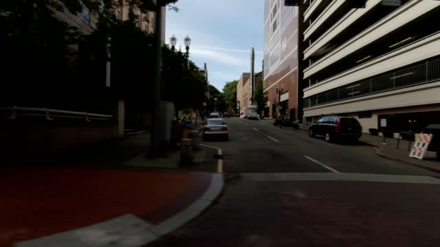 portland city xi synced series left view driving process plate - pioneer square portland stock videos & royalty-free footage