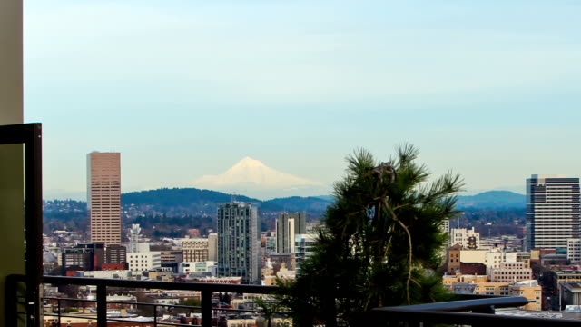 portland day zoom - mt hood stock videos & royalty-free footage