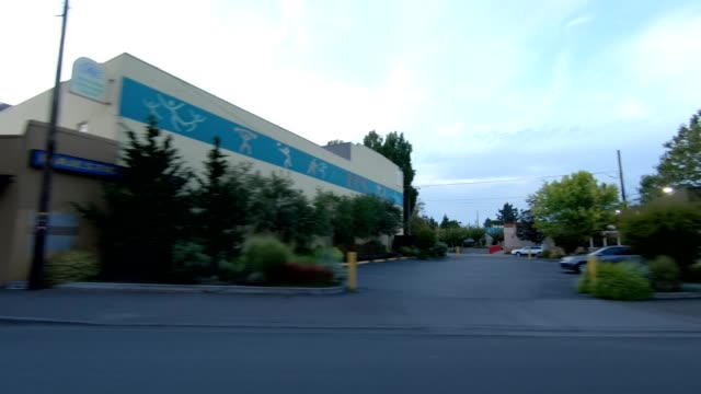 portland northeast ix synced series right view driving process plate - oregon us state stock videos & royalty-free footage