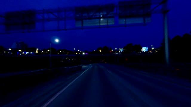 ポートランドノースイーストタイムラプスバックビューオレゴン高速ドライブ - portland oregon点の映像素材/bロール