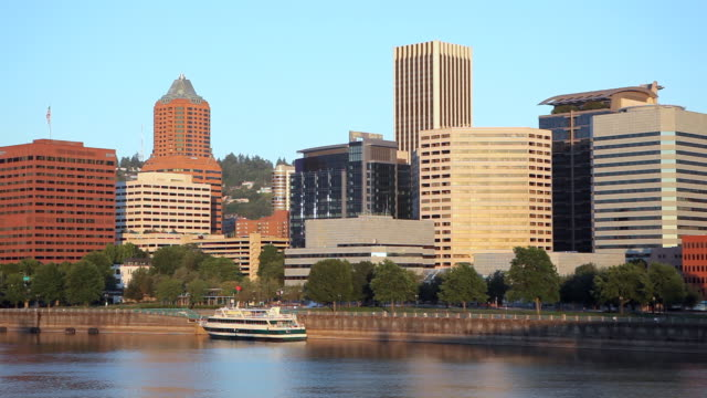 hd portland oregon skyline - waterfront stock videos & royalty-free footage