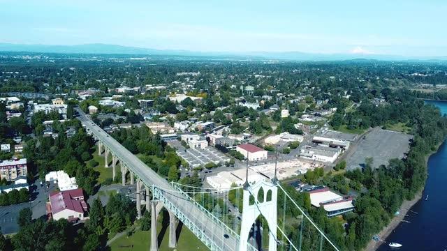 ポートランド オレゴン - ポートランド セントジョンズ橋点の映像素材/bロール
