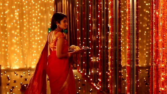 Portrait of a adult woman celebrating diwali festival, Delhi, India