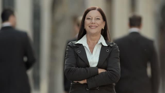 HD: Porträt eines zuversichtlich Geschäftsfrau